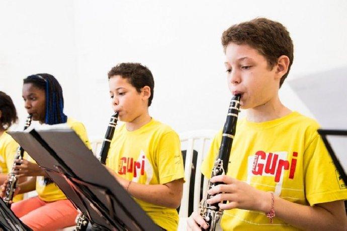 Projeto Guri promove iniciação musical para crianças e jovens
